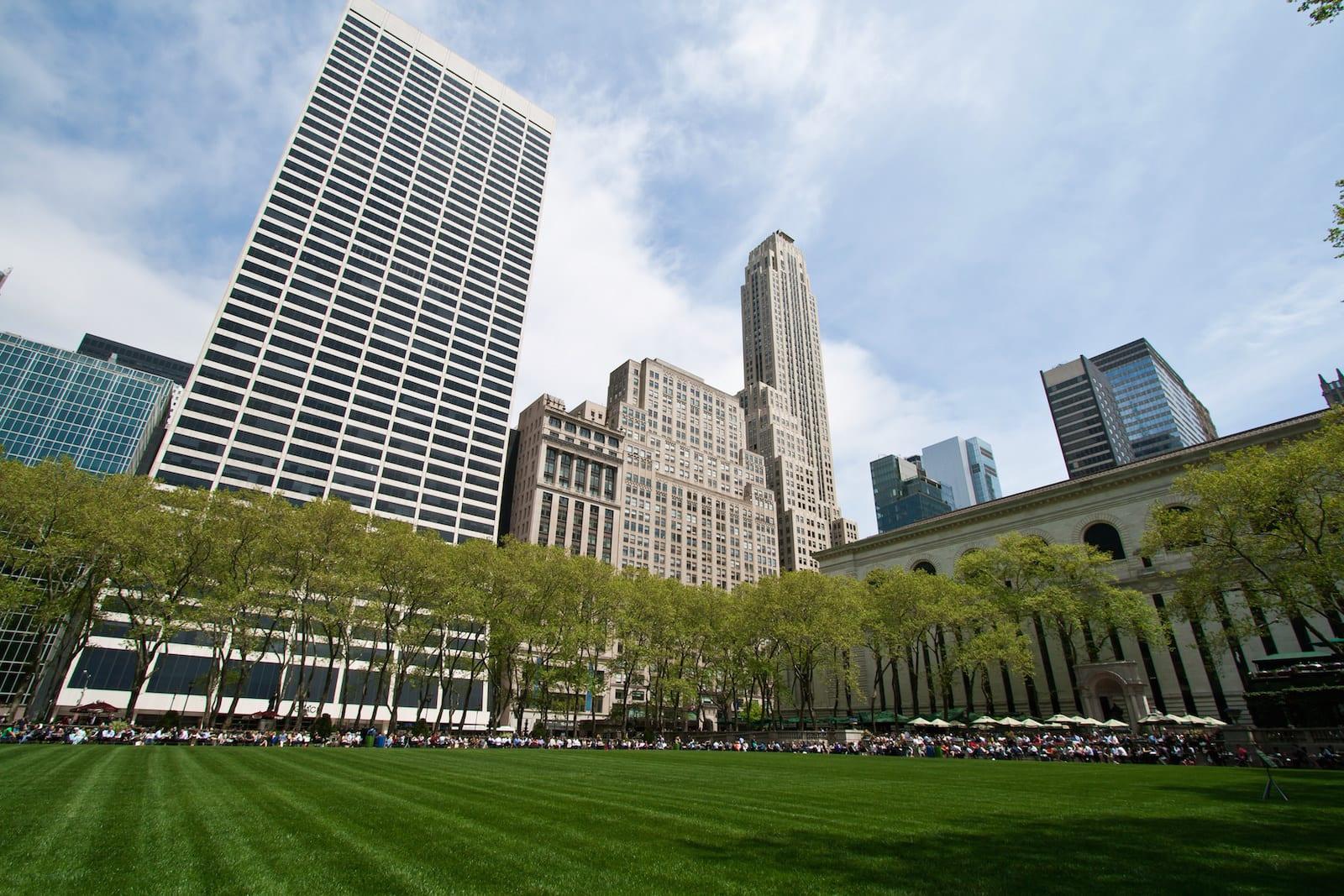 Bryant Park and sorrounding buildings, New York City