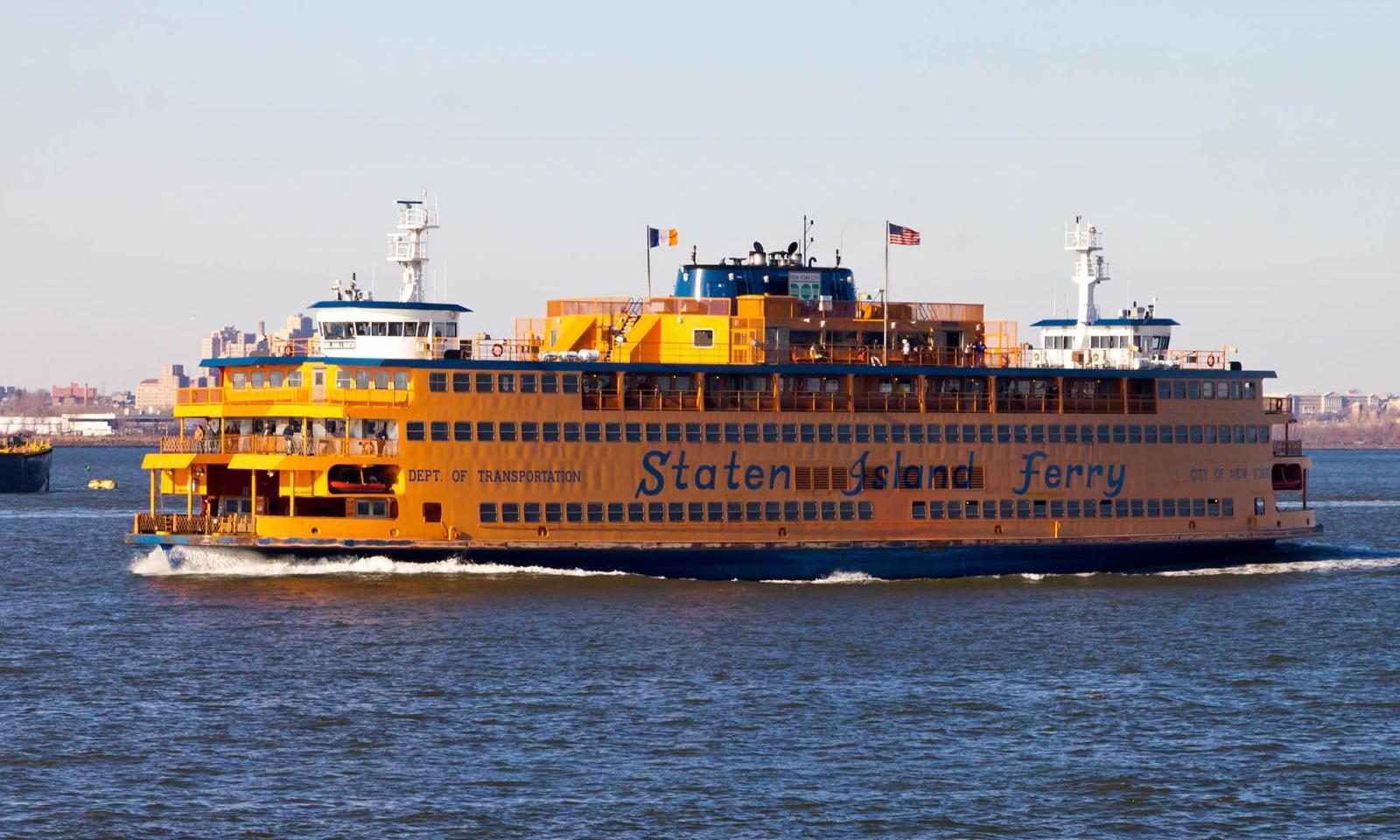 Die Staten Island Ferry Eine Beliebte Touristenattraktion