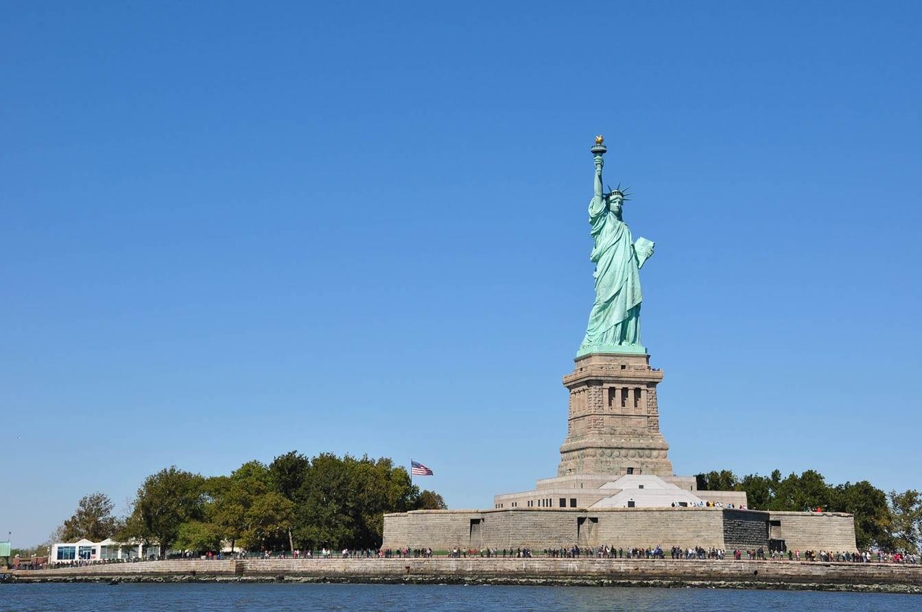 Freiheitsstatue New York vom Wasser aus