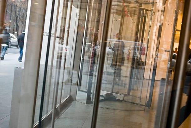 MoMA Einganstüren