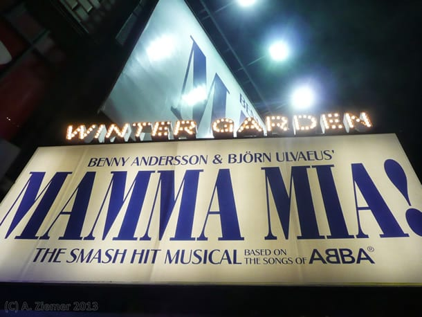 Andreas-Ziemer-New-York-7th Avenue near W 51st Street, Winter Garden – Mama Mia!