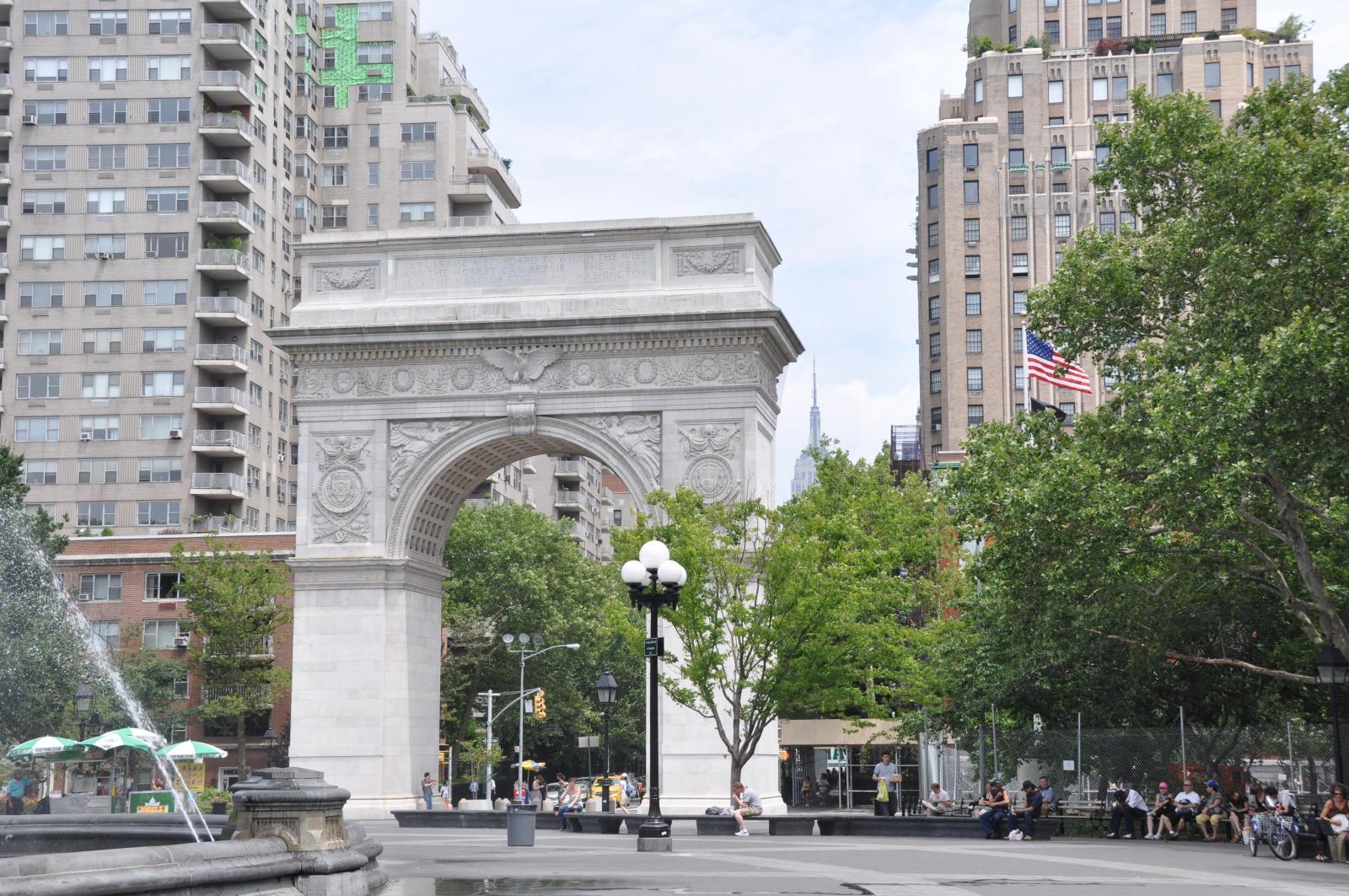 Am Washington Square Park