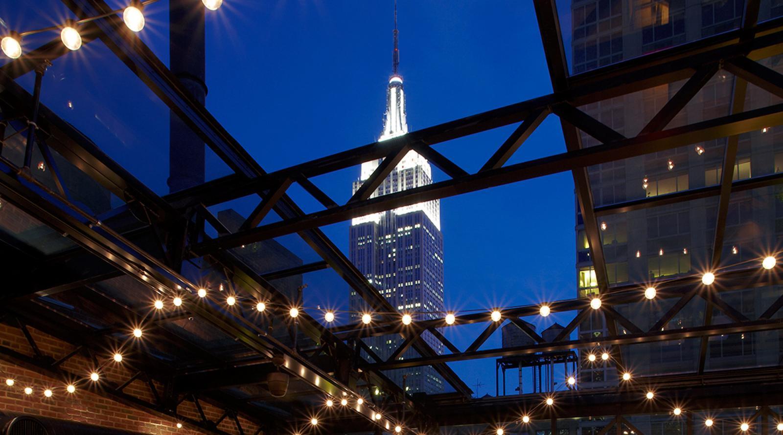 Refinery Rooftop Bar New York 03