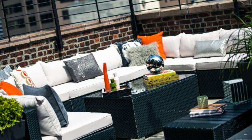 Renaissance New York Hotel 57 Rooftop Bar 02