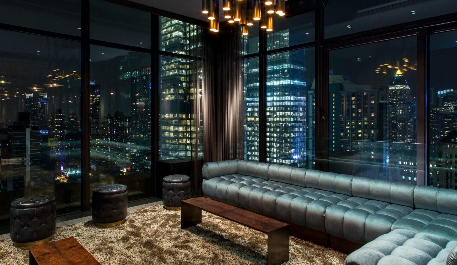 The Skylark Rooftop Bar 05