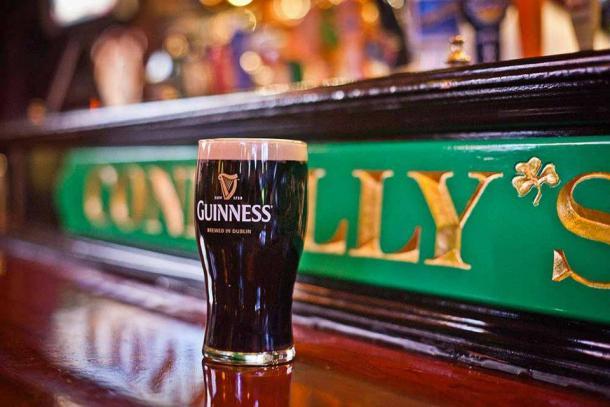 Connollys Pub & Restaurant