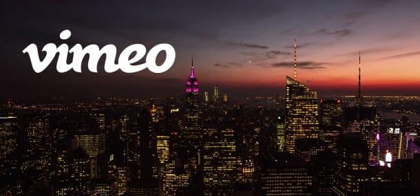 NEW YORK : MANHATTAN : METROPOLIS