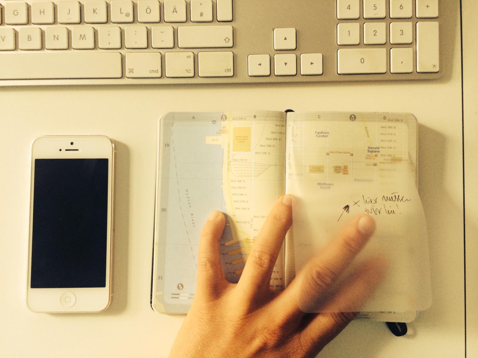 Geniale Folien zum Beschriften: sie haften wie Post-it-Notes und lassen sich schnell wieder ablösen.