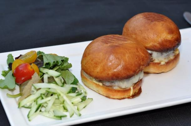 Haven Rooftop & Restaurant-Burger