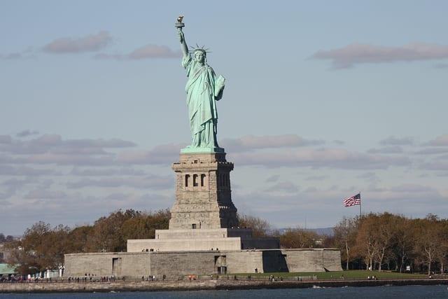 die freiheitsstatue in new york alle infos g nstige tickets On freiheitsstatue höhe