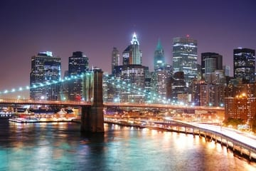 new-york-city-bootsfahrt-in-der-abendd-mmerung-in-new-york-city-117592