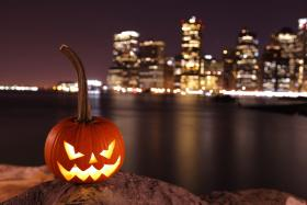 Scary pumpkin to Halloween