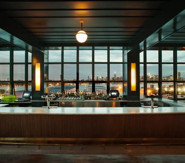 Rooftop-Bar The Ides im Wythe Hotel