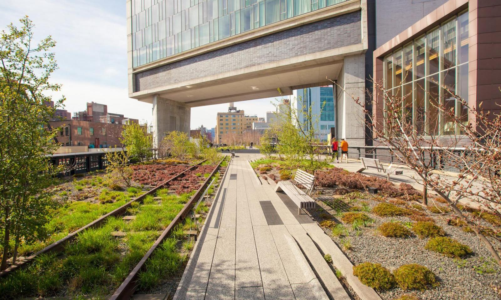 The High Line im Meatpacking District abril em nova york