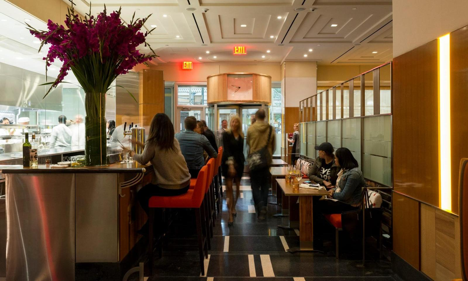 STATE Grill and Bar- das neue Restaurant im Empire State ...