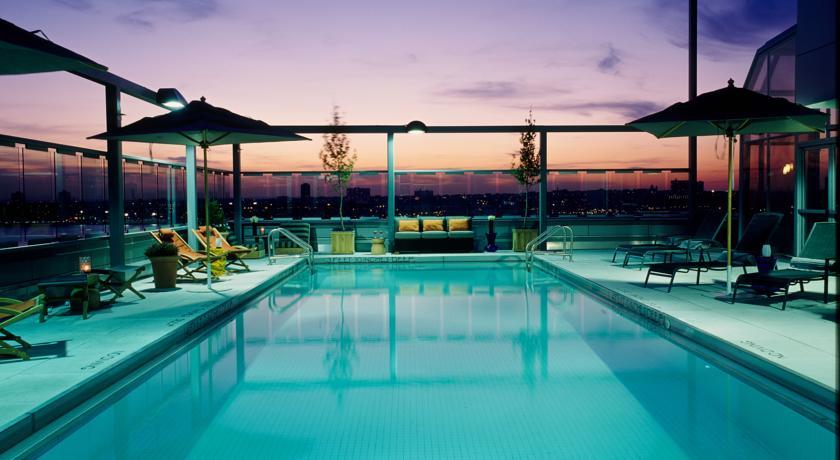 Piscina del Gaansevort-Hotel: Hoteles con vistas en Nueva York