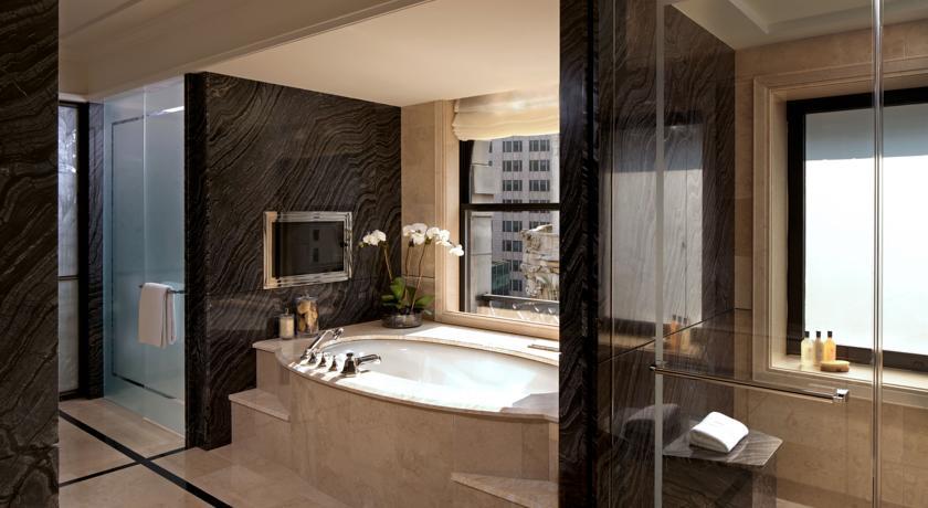 The-Peninsula-Hotel-New-York-01