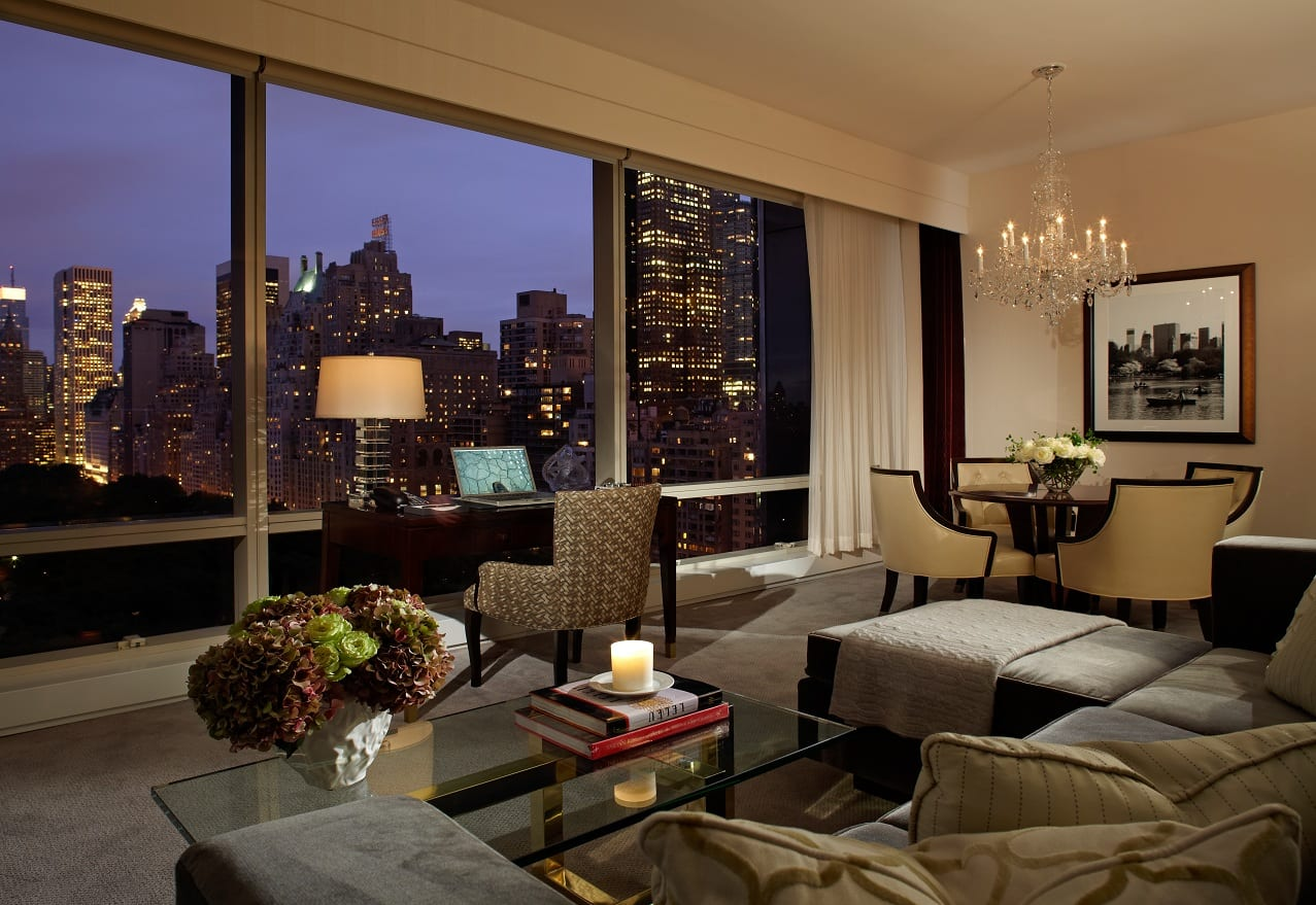 16 traumhafte new york hotels mit tollem ausblick viele. Black Bedroom Furniture Sets. Home Design Ideas