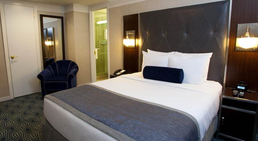Wyndham-New-Yorker-Hotel-01