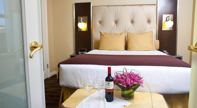 Wyndham-New-Yorker-Hotel-03