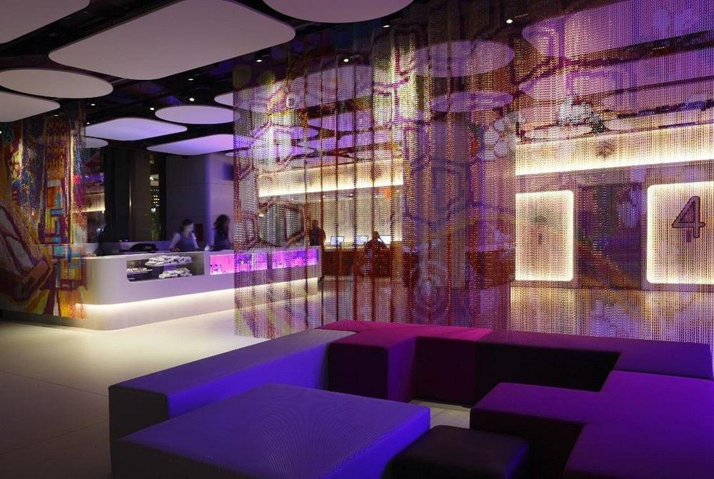 YOTEL-Hotel-New-York-Lobby