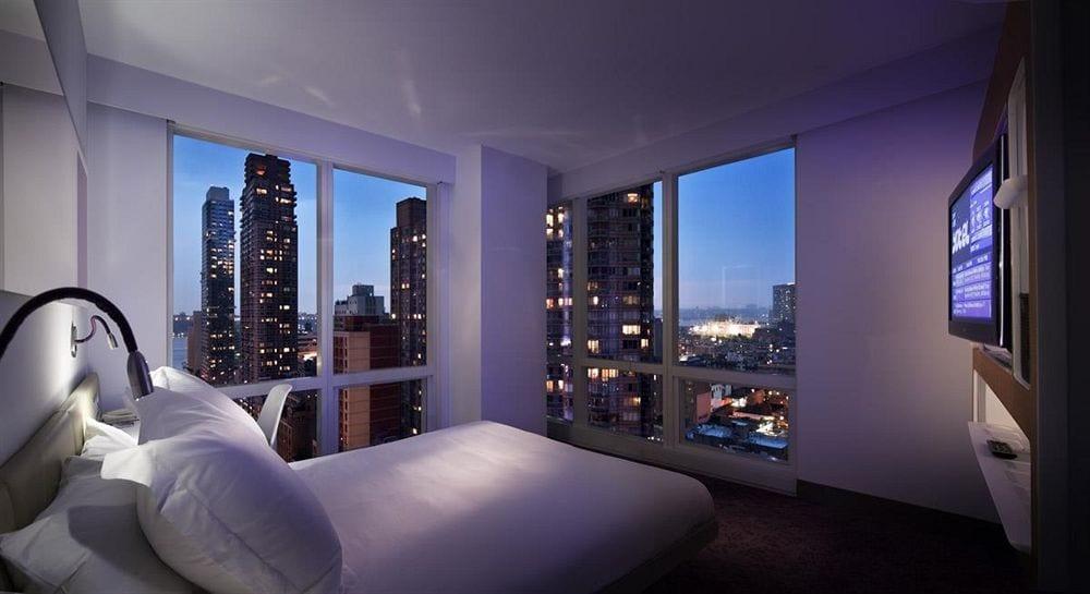YOTEL-Hotel-New-York-Rooms-03