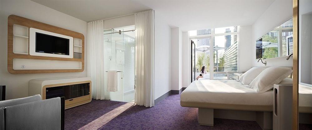 YOTEL-Hotel-New-York-Rooms-10