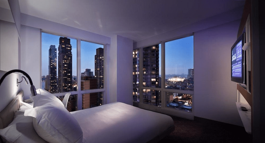 New York Hotels mit tollem Ausblick: YOTEL Hotel am Times Square