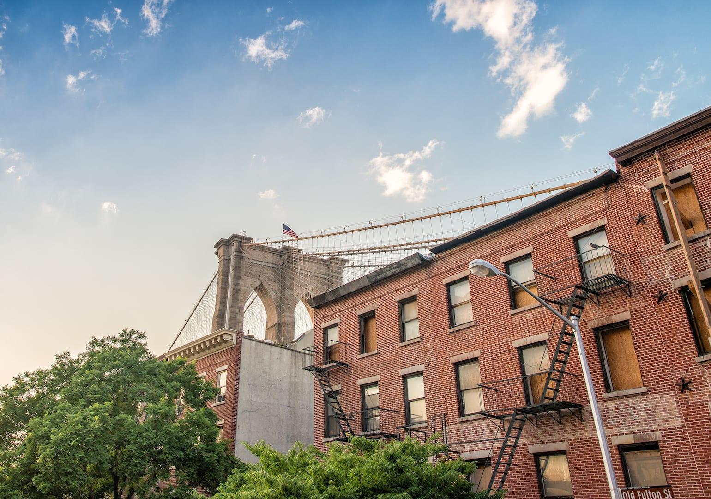 Der Blick auf die Brooklyn Bridge von Dumbo aus