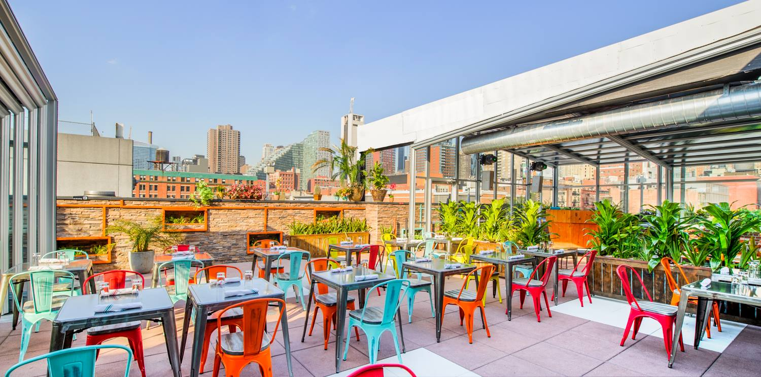 Cantina Rooftop Bar