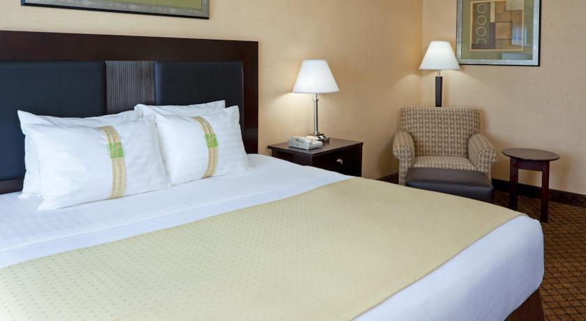 Holiday Inn Hasbrouck Heights-Meadowlands 01