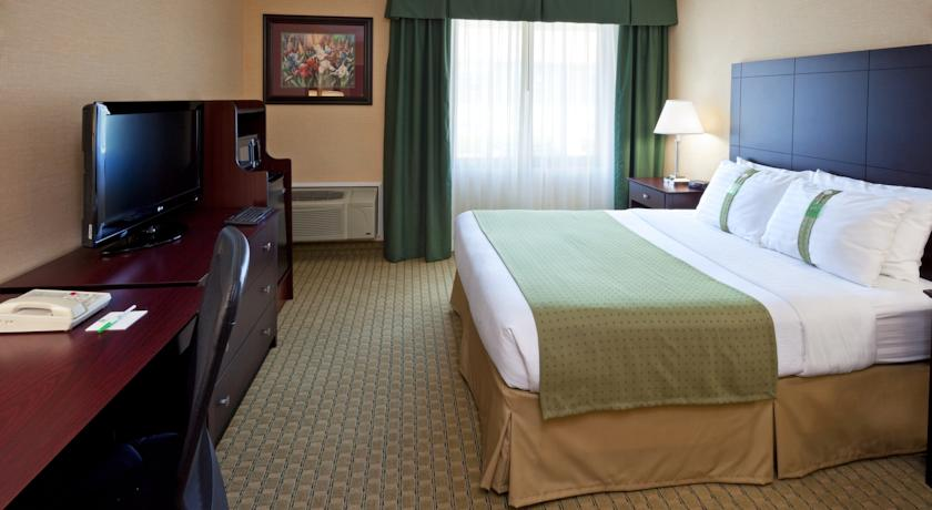 Holiday Inn Hasbrouck Heights-Meadowlands 03