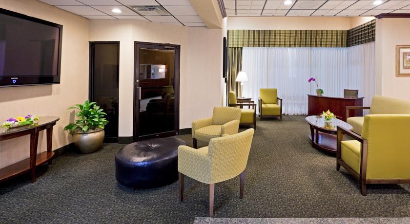 Holiday Inn Hasbrouck Heights-Meadowlands 04
