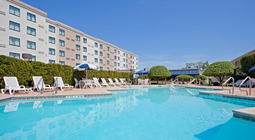 Holiday Inn Hasbrouck Heights-Meadowlands 07