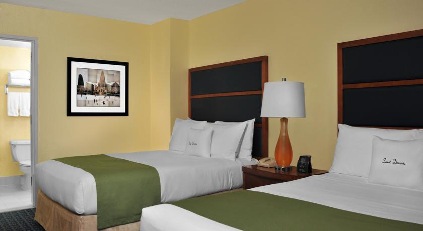 DoubleTree Suites by Hilton New York City – Times Square 03