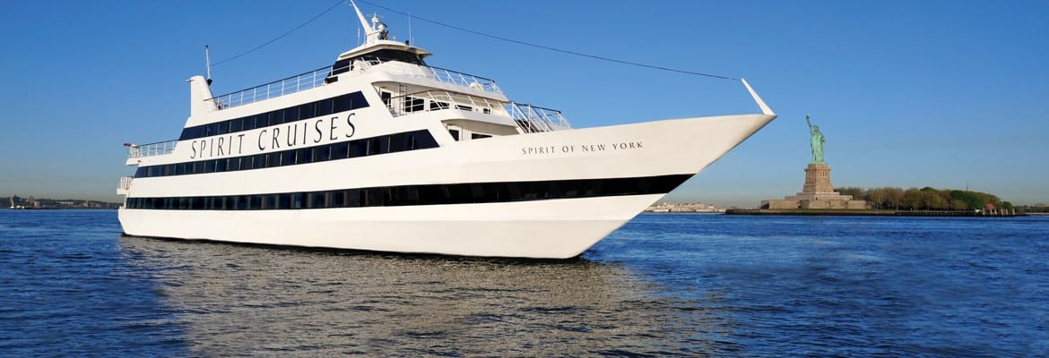 VIP-Luxus-Bootstour am 4. Juli in New York