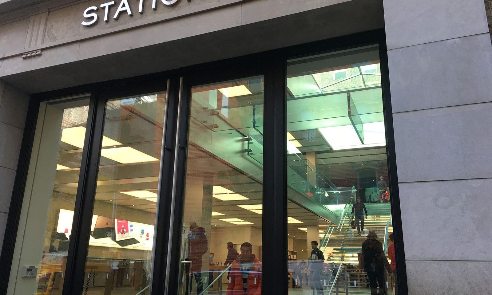 apple store soho 161117142226007 apple store soho 161117142226008