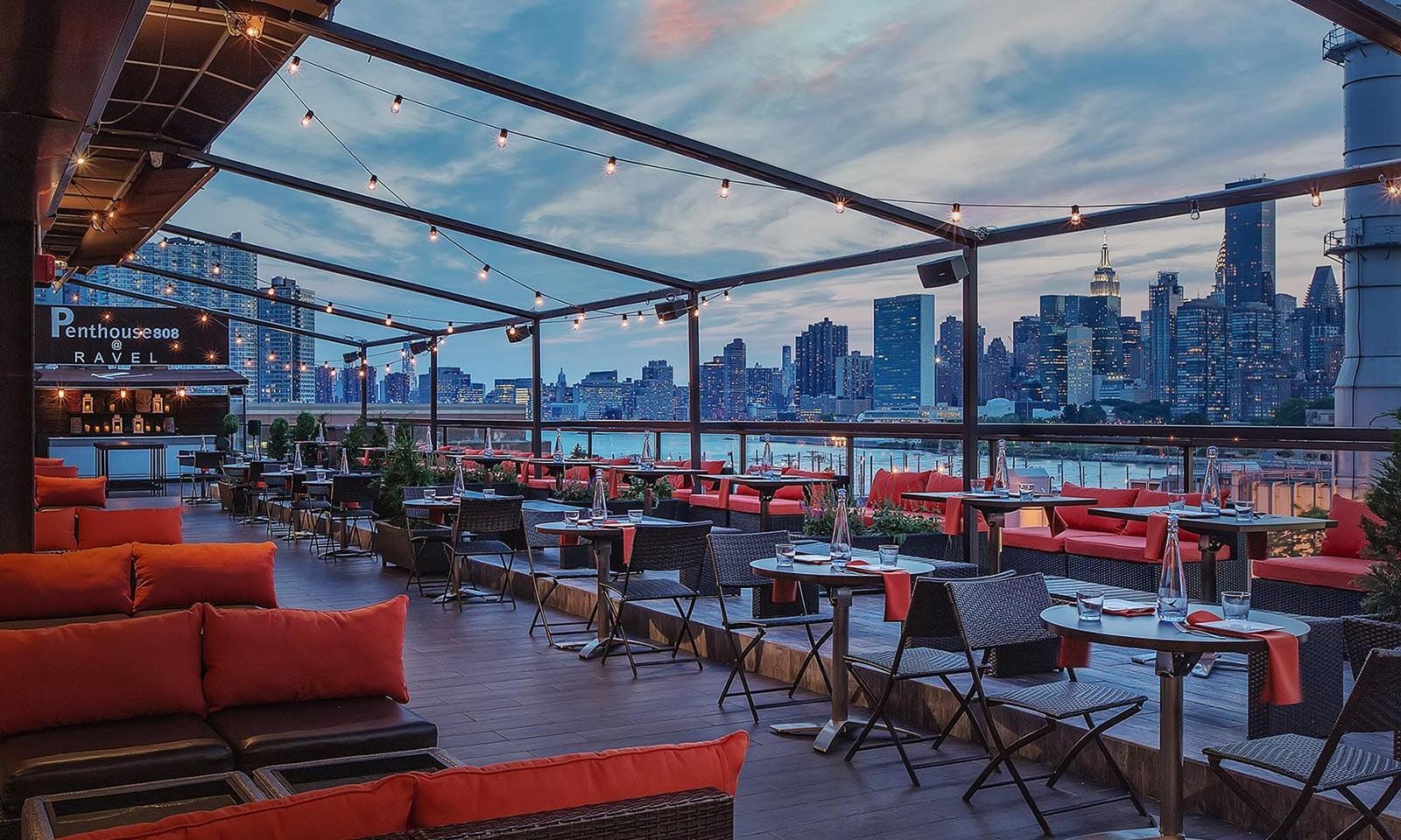 Penthouse808 Rooftop bar New York Queens08