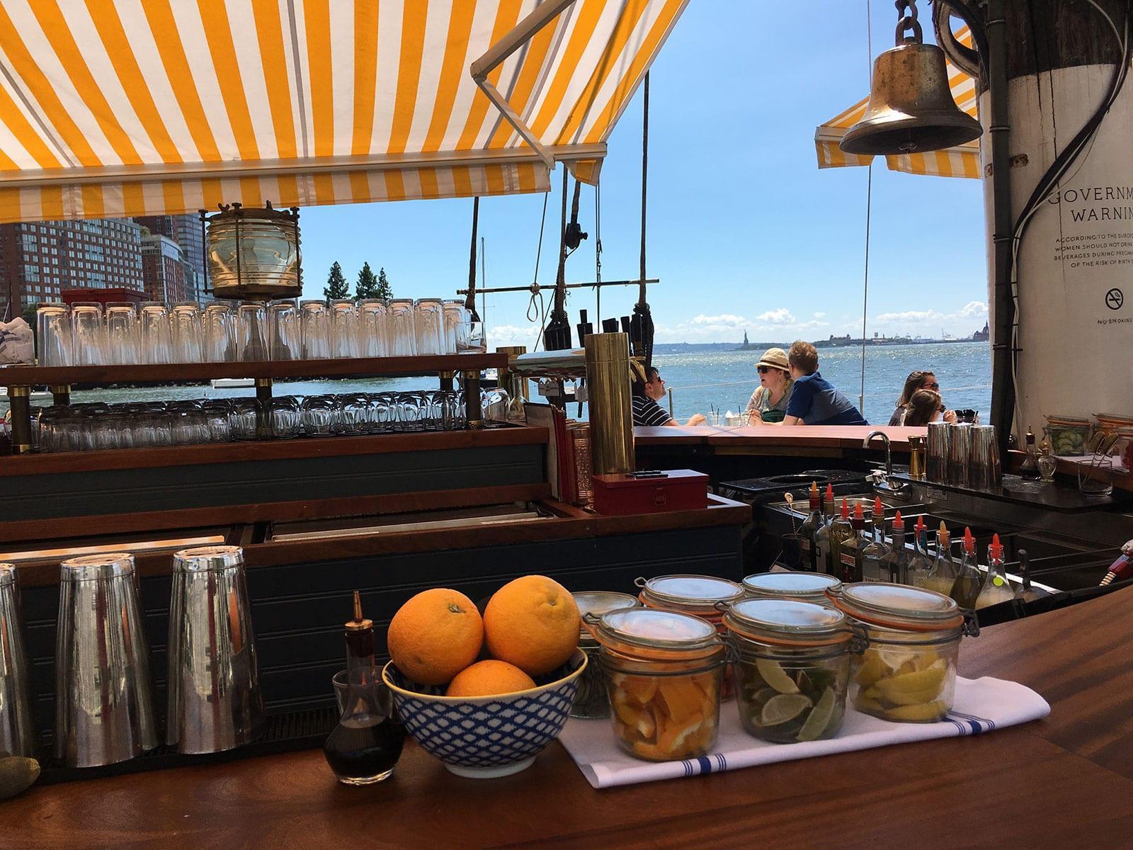 Grand Banks: Austern und Cocktails mit Blick auf den Hudson