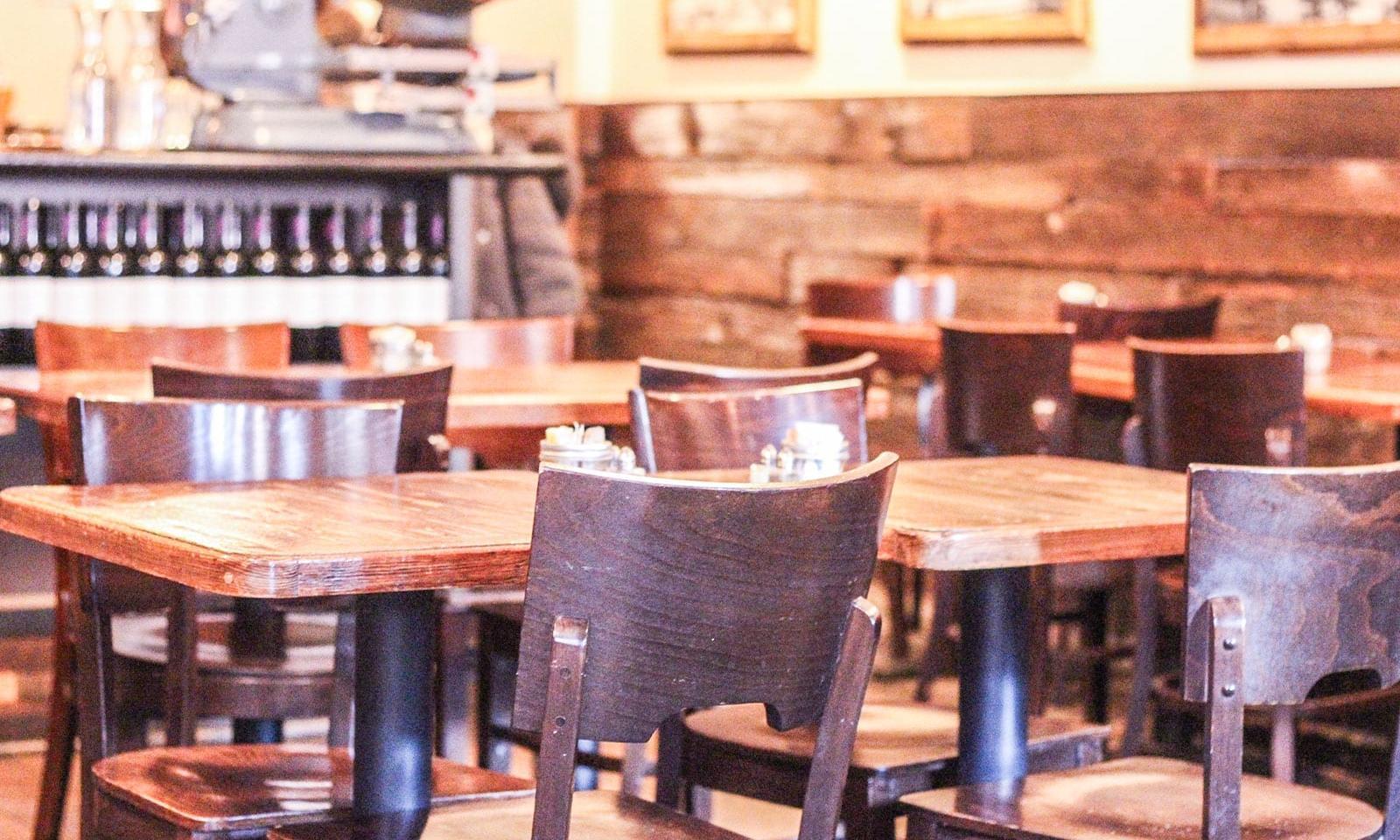 Restaurant_12Chairs5
