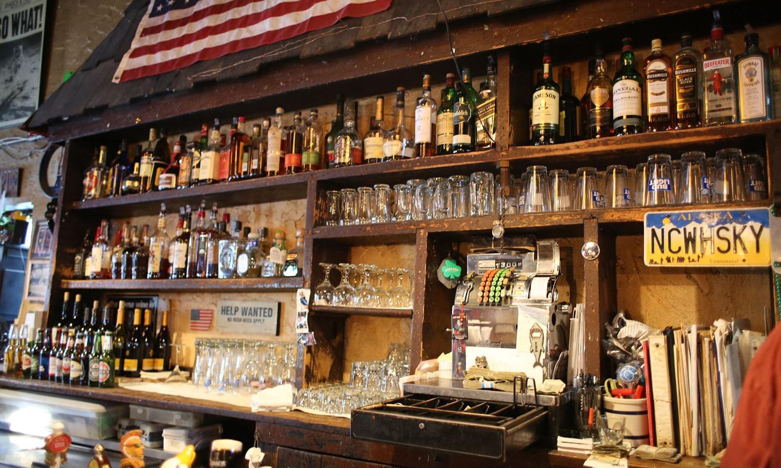 Nancy-Whiskey-Pub-New-York-02