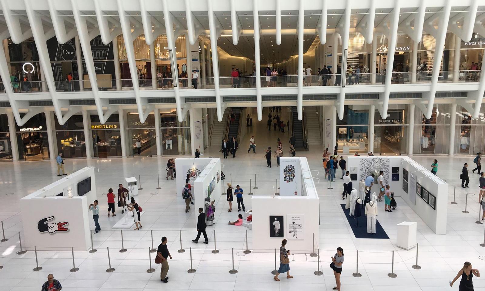 wer beim sightseeing in der nahe des world trade centers ist sollte sich unbedingt die neue mall im oculus bahnhof ansehen die liste der geschafte macht