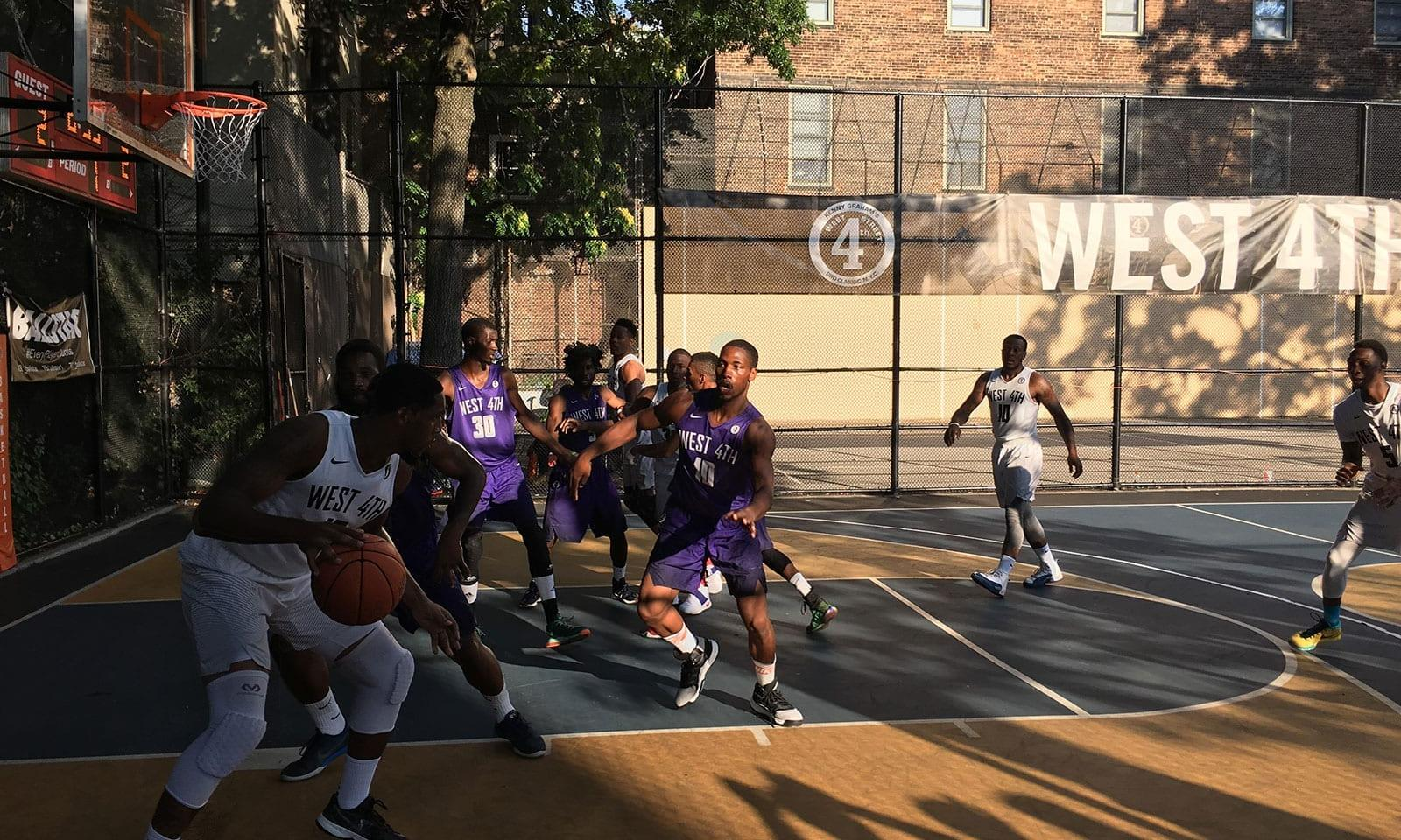 Street-Basketball-The-Cage-New-York-08
