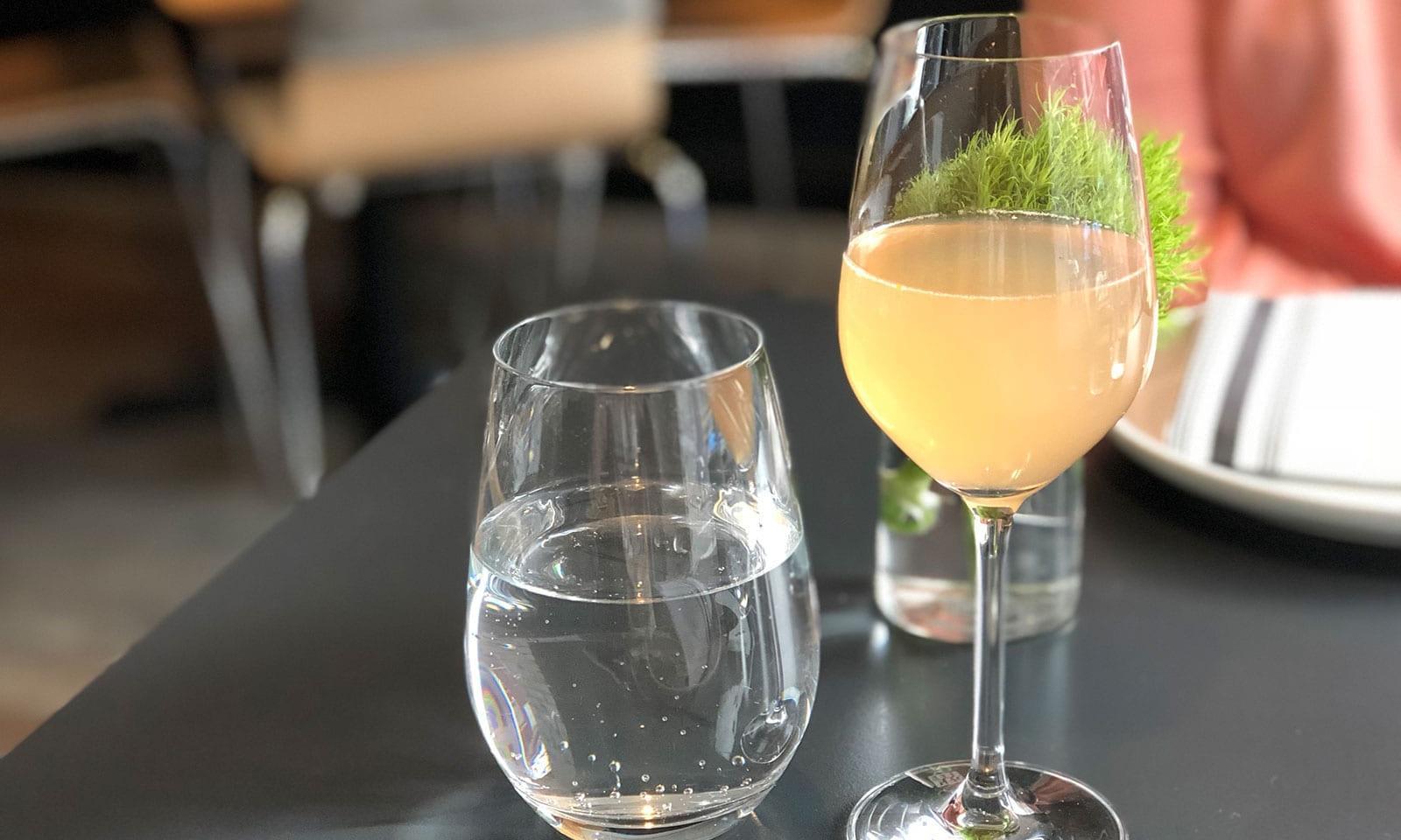 Tolle Loring Küche Und Bar Zeitgenössisch - Küchenschrank Ideen ...